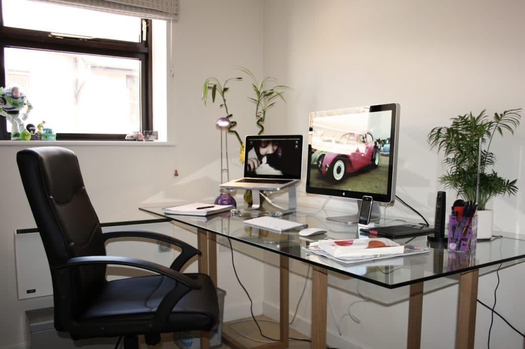 how to make a home office in a small space